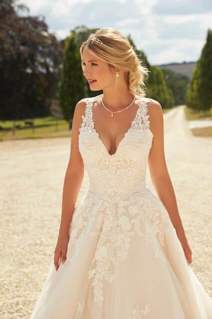 Stunning Romantica Wedding Dresses : Serena Bridal